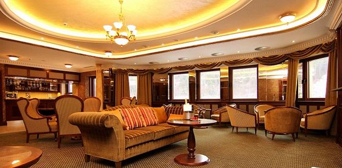 Отель Retro Riverside, Карловы Вары